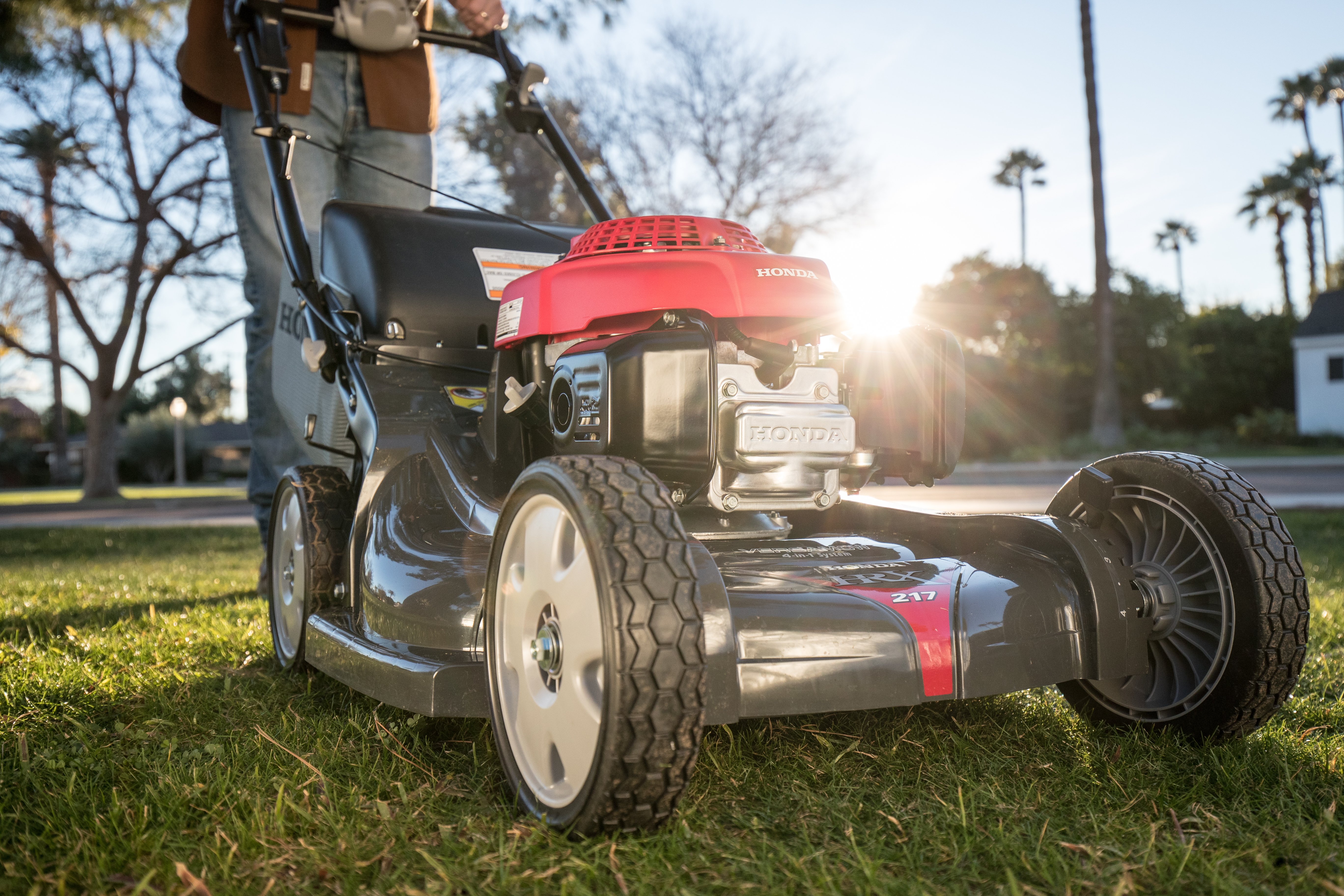 Landing – Durable Mowers and Power Equipment from Bomberger's